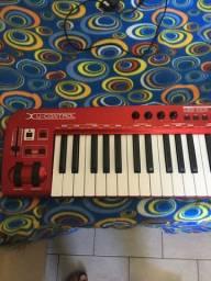Vendo controlador MIDI behringer umx610