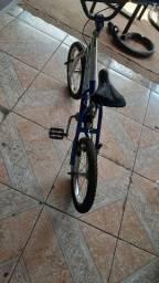 Vendo essa bicicleta infantil Cross Zinha