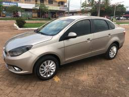 FIAT GRAND SIENA ATTRACTIVE Ano 12/13