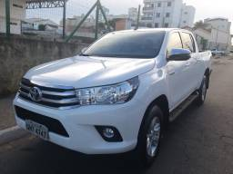 2018 Toyota Hillux impecável