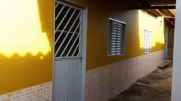 Alugo Kit 2 quartos sala coz americana e banheiro
