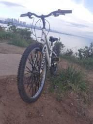 Troco bike da caloi em monark leia a descrição