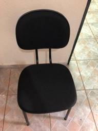 Cadeira de Escritório sem apoio de braço