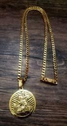 Lindíssimo cordão banhado a ouro 18k novo