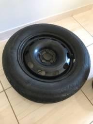 Vendo Roda de ferro 15 c/ pneu