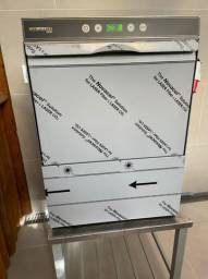 Lavadora de louças Hobart modelo Ecomax 503