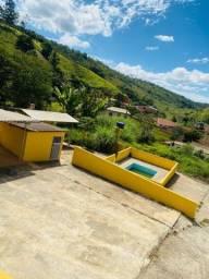 Fazenda com benfeitorias dentro da zona urbana de Rio Espera