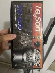 Microfone e pedestal para microfone NOVOS