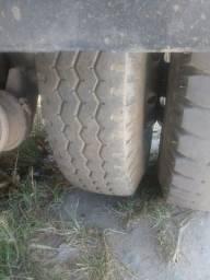 2 pneus 900