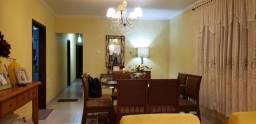Excelente Casa com 2 Quartos, 1 Suite a Venda !!