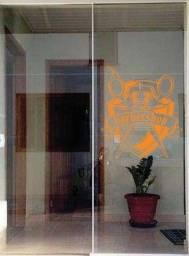 Porta de vidro duas folhas 1.300.00