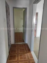 Alugo- Apartamento no Bairro Jardim Cruzeiro
