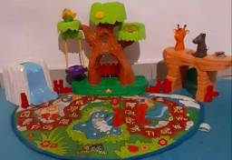 Tapete little People A to Z learning zoo Playset Fischer Price importado  conforme fotos.