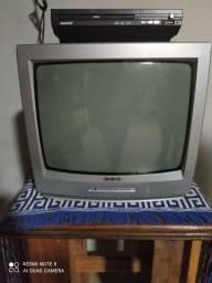 TV com DVD