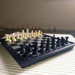 Tabuleiro de xadrez magnético completo