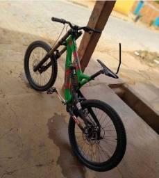 Bike de downhill intense 951