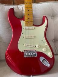 Guitarra Tagima TG 530 (Ainda com selo de fábrica e sem marcas de uso)