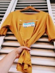 Roupas / T-shirt / Camisas