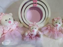 Kit com trio de ursinhos, mais trio de nichos decoração quarto bebê