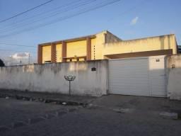 Casa com 3 dormitórios à venda, 200 m² por R$ 250.000,00 - Plano de Vida - Santa Rita/PB