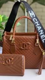 Bolsa e Carteira Chanel Marrom ?
