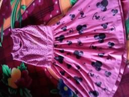 Vendo 30 peças d roupas infantis por apenas 150 reais