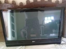 """TV LG 32"""" EM PERFEITO ESTADO ZAP *"""