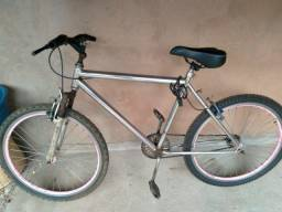 Vedo uma bicicleta