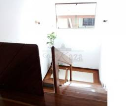 Casa/Condomínio 4 Dormitórios no Esplanada MS