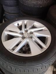 Vendo jogo de rodas do corolla com pneus zero