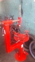 Máquina de desmontar pneus manual
