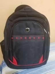 Vendo mochila nova