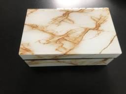 Porta joias de vidro marmorizado