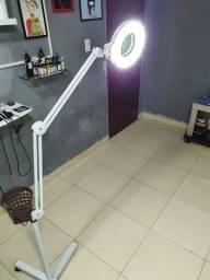 Luminária de led/tripé com regulagem de altura