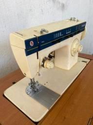máquina de costura , zig zag modelo pressomatic 968