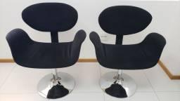 Vendo 4 cadeiras interlocutores, giratórias,  pistão a gás,  usadas, perfeito estado,.