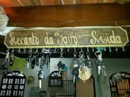 Porta-chaves entalhados em madeira, personalizados