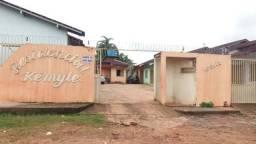 Alugo Casa em Residencial no Diamantino
