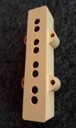 Capa para captadores Jazz Bass CREME