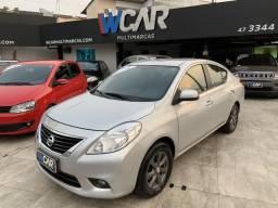 Nissan Versa 1.6 SL - 2013