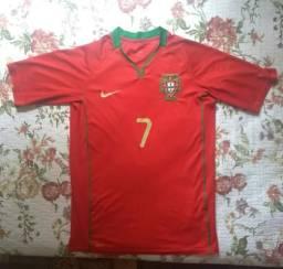 Futebol e acessórios no Brasil  011c0739e5d53