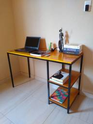 Escrivaninha mesinha de estudo industrial