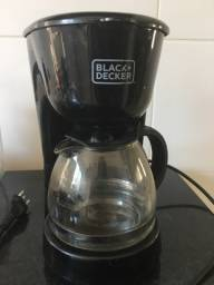 CAFETEIRA BLACK DECKER - Seminova