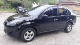 Fiesta Sedan 1.6 completo, multmidia, pneus novos, exc estado, 20 pg
