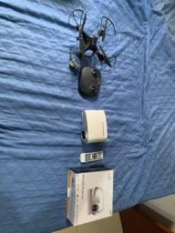Mini Projetor e Um Drone/ os dois