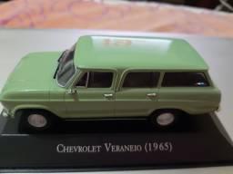 Miniatura Chevrolet Veraneio 1965