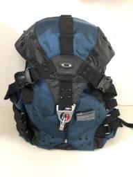 Mochila Azul Média Oakley Bolsa 30L