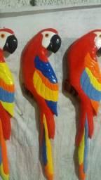 Araras de gesso artesanal 15 reais cada