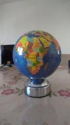 Globo Mundial Giratório