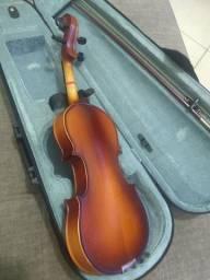 Violino 1/2 Poucos meses de uso.